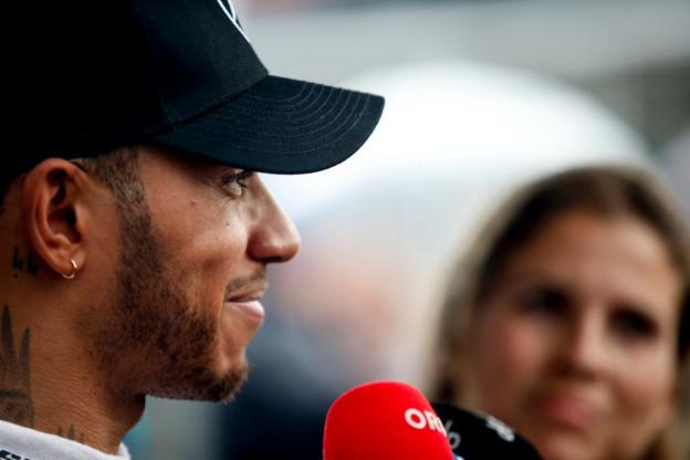 Hamilton binnenkort te zien in de MotoGP? 'Op dit moment staat nog niets vast'