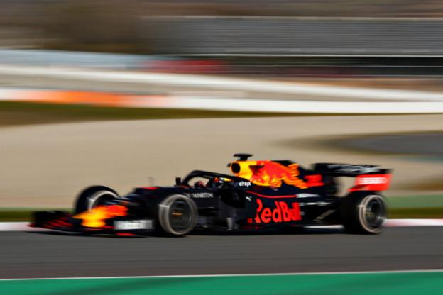 Ondertussen in Barcelona | RB15 van Verstappen maakt bijzondere geluiden