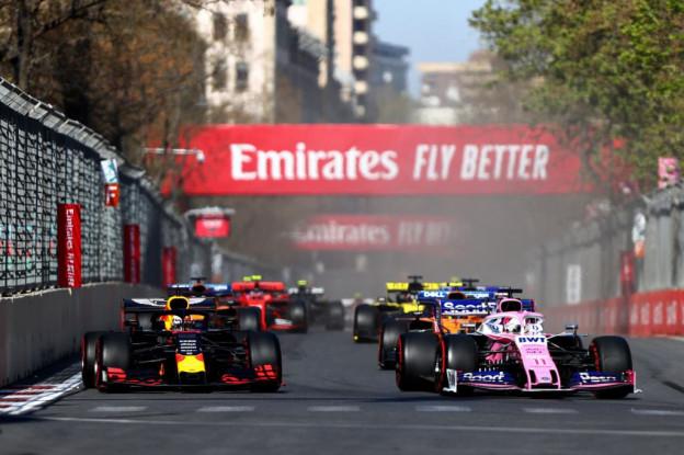 Perez hoopte Verstappen achter zich te houden: 'Maar zij rijden in andere klasse'