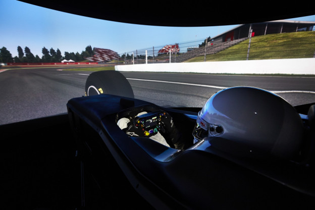 F1 Live 21.00u | Officiële F1-simrace met Leclerc, Albon, Norris en meer
