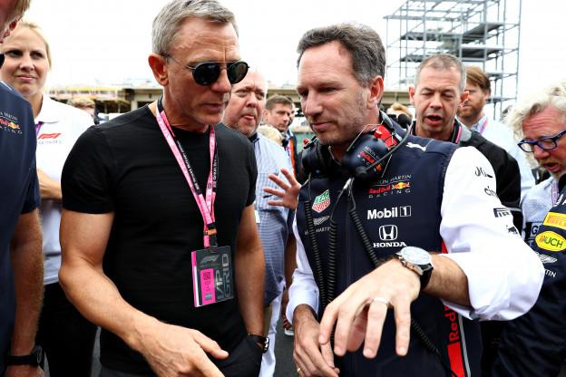 Horner over contract Verstappen: 'Ik loop te lang mee om die onzin te geloven'