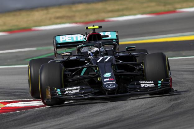 Mercedes waakzaam voor Verstappen: 'Hij zal dichtbij zitten in de race'