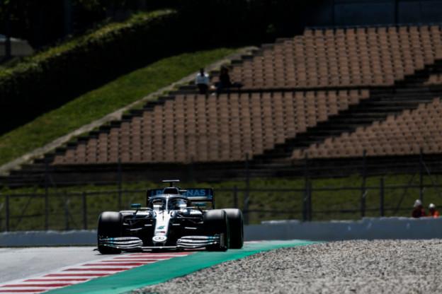 Formule 1-CEO Carey: 'Dominantie Mercedes maakt de sport onaantrekkelijk'
