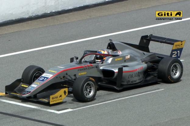 Van Kalmthout wint ook derde en vierde F3-race, Ticktum uit koers voor licentiepunten