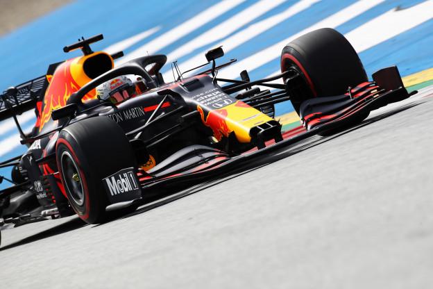Startopstelling GP Oostenrijk: Hamilton krijgt toch geen straf, Verstappen op P3