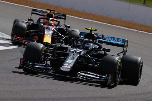 Uitslag VT1 GP Zeventigjarig bestaan   Mercedes razendsnel, Hulkenberg vierde