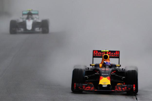 F1 Kijktip | Aan boord bij legendarische Verstappen in Brazilië 2016