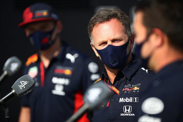 Horner ziet kansen in Spanje: 'Mercedes is kwetsbaar'