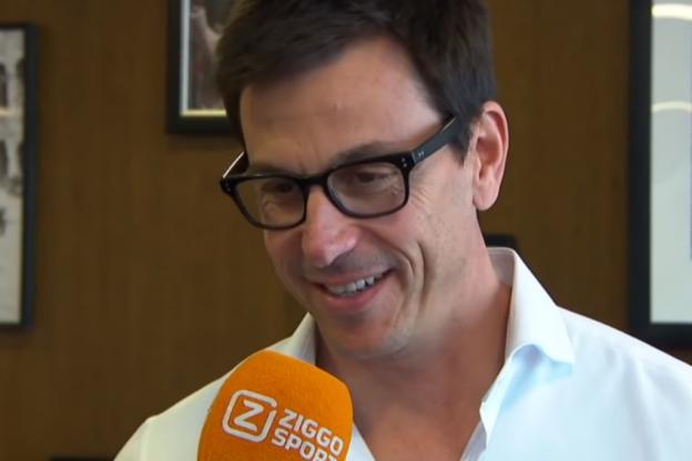 Wolff: 'Singapore op papier goed voor ons en Red Bull'