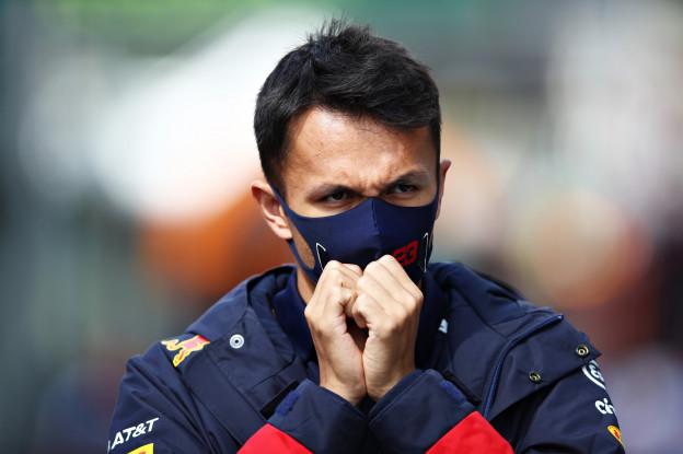 Albon over zijn nieuwe bijnaam: 'Dat is een Red Bull dingetje'