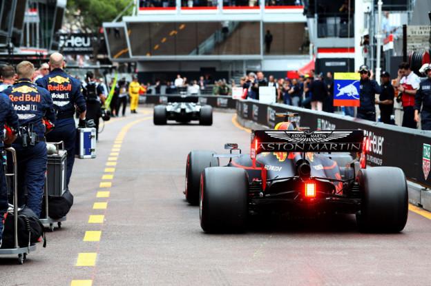 Verstappen wilde Monaco-fiasco voorkomen: 'Laat me weten als hij naast me zit!'