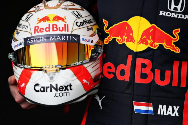 Helmfabrikant: 'Max was heel blij dat we een oranje vizier hebben'