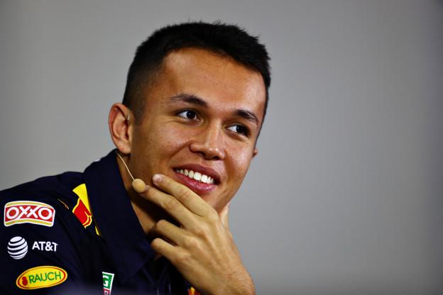 Albon reageert op langer verblijf bij Red Bull: 'Klaar voor de gevechten in 2020'