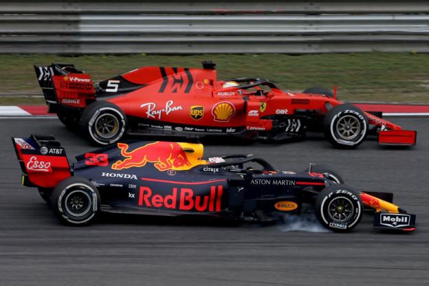 Vettel op zijn hoede voor Red Bull: 'Na verloop van tijd wel serieuze kanshebber'