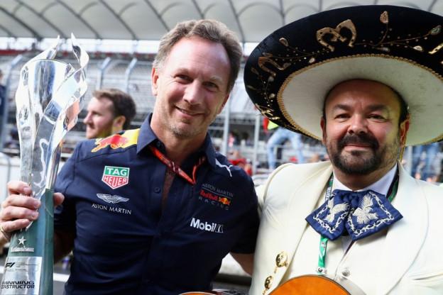 Horner verwijst naar Ricciardo: 'Alleen hij weet of hij spijt heeft'
