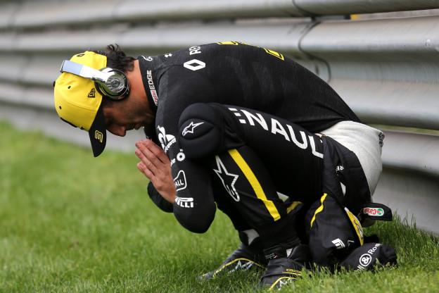 Ricciardo gefrustreerd over Renault: 'Het komt goed maar ik ben nu erg boos'