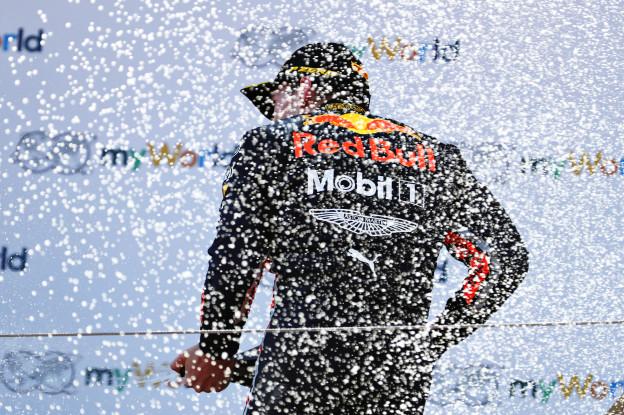 Reynolds voorspelt: 'Verstappen gaat in tweede helft meer winnen dan Hamilton'
