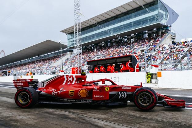 Update   Ferrari test twee vloeren in eerste training in Mexico