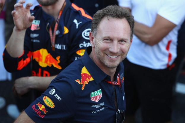 Horner sceptisch over organisatie bij Ferrari: 'Binotto rent nu heen en weer'