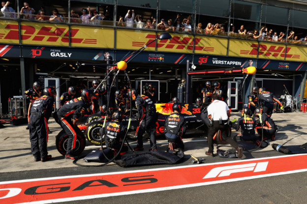 Red Bull maakt met Verstappen en Gasly snelste pitstops tijdens Australische GP