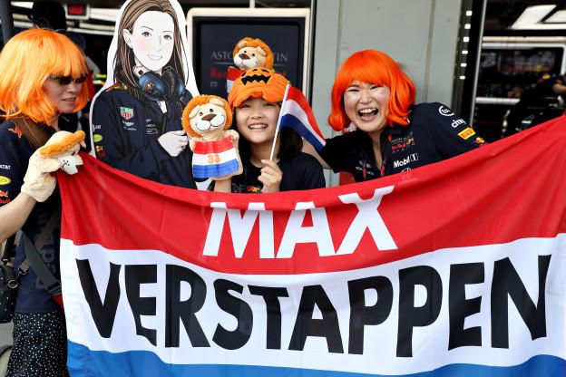 Verstappen populair bij Japanse fans: 'Maar hij is wat aan de brutale kant'