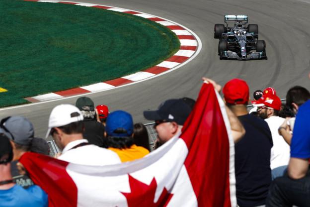 Mercedes: 'Resultaat Bottas niet zijn schuld, lag aan het verkeer en oververhitting'