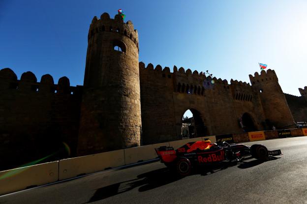 Update | Startopstelling GP Azerbeidzjan: Drie coureurs starten uit pitstraat