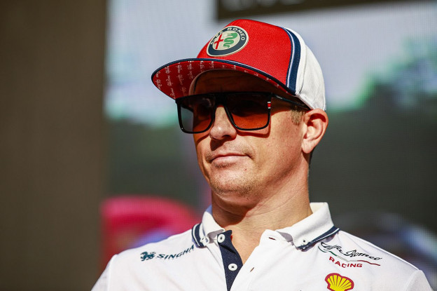 Ondertussen in de F1 | Räikkönen en Giovinazzi tanken even bij